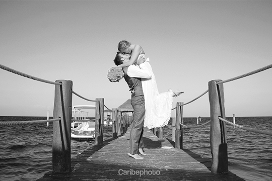 3-couple-wedding-destination-photographer